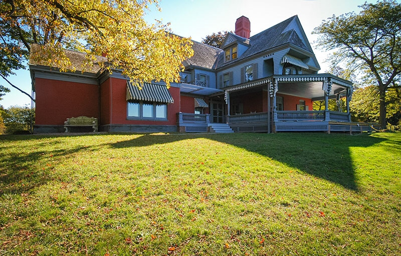 Sagamore Hill, the resident of Theodore Roosevelt.  This piece of  presidential history is one of the most beautiful mansions along the Gold coast of Long Island! #presidential #newyork #travel