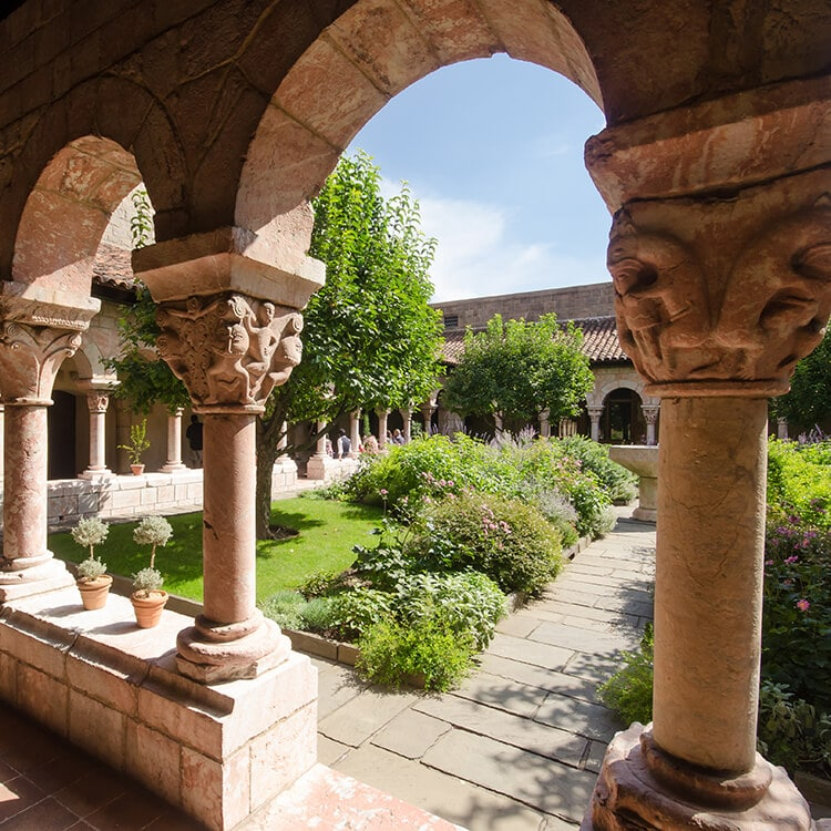 Beautiful photo of the Cloisters, an off the beaten path gem in New York City.  This museum in Manhattan holds art from the medieval ages! #travel #NYC #NewYork