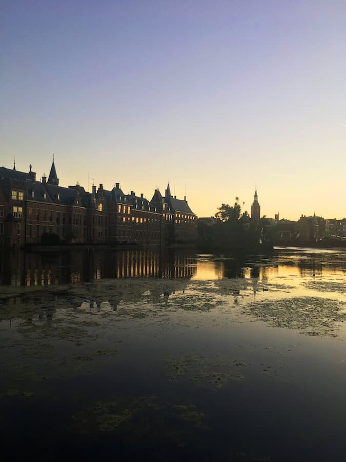 Binnenhof, one of the political institutions in the Hague and one of the highlights of the Hague that you can't miss on your first trip! #hague #netherlands #Holland #travel