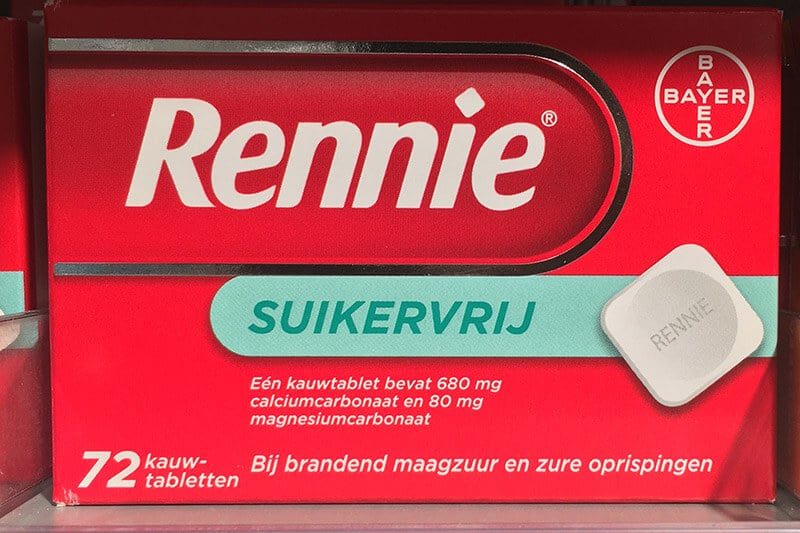 Rennie is a tablet that you can buy at the Dutch drugstore to help with heartburn.
