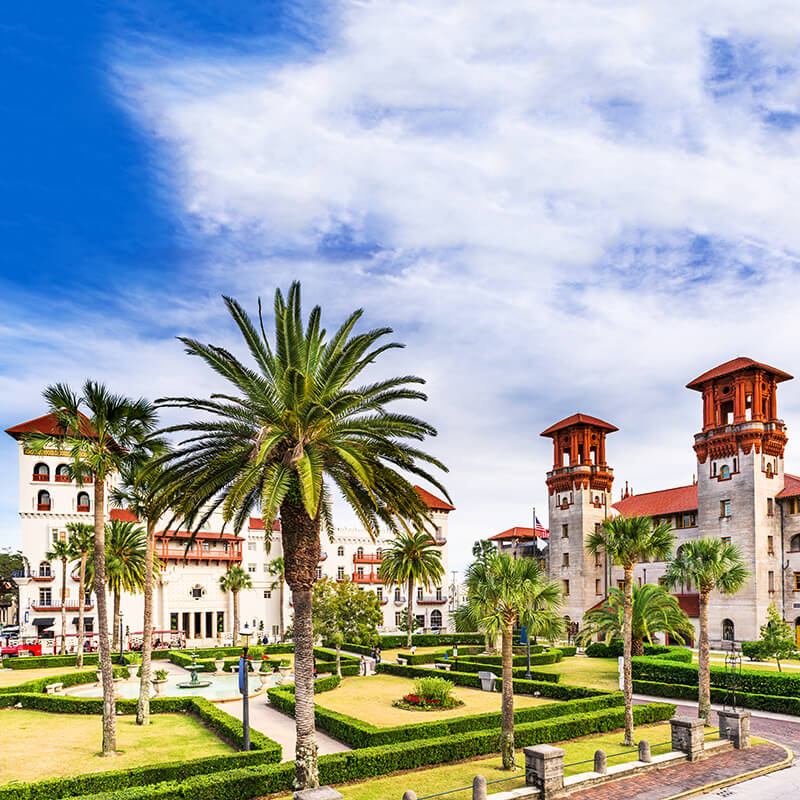 Lightner Museum in St. Augustine, Florida. This beautiful city is one of the oldest cities in the United States, perfect for a day trip from Orlando for history lovers! #travel #florida #history
