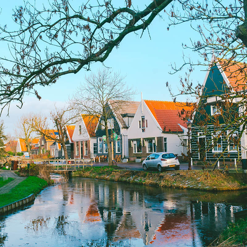 Beautiful Dutch houses just outside of Amsterdam Center in the cute village of Ransdorp! #travel #amsterdam #holland #netherlands