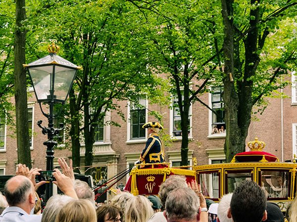 Queen Maxima waving to the crowds during Prinsjesdag (Prince's Day) In the Hague along Lange Voorhout! #haag #hague #nederland #netherlands