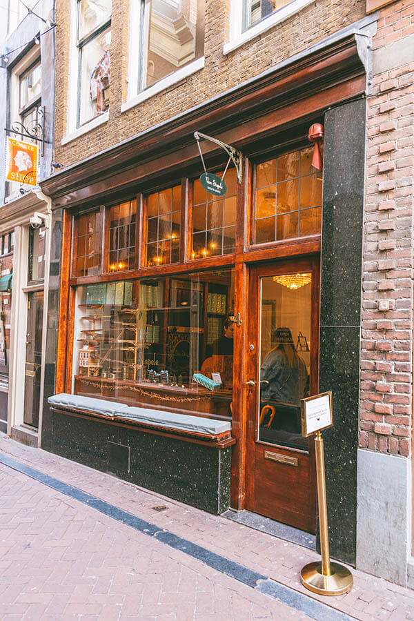 Beautiful exterior of Van Stapele Koekmakerij, a cookie bakery in Amsterdam that you must try! #desserts #cookies #amsterdam #holland #food #travel #netherlands