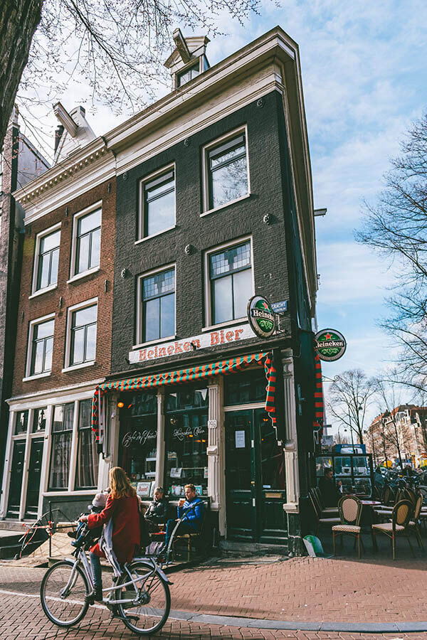Eetcafe De Jordaan is a classic typically Dutch bruin bar to experience Amsterdam without the crowds. #amsterdam #holland #nederland #netherlands