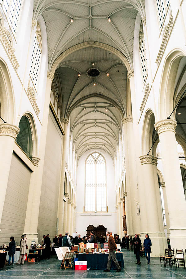 Interior of the Hooglandse Kerk in Leiden during an event.