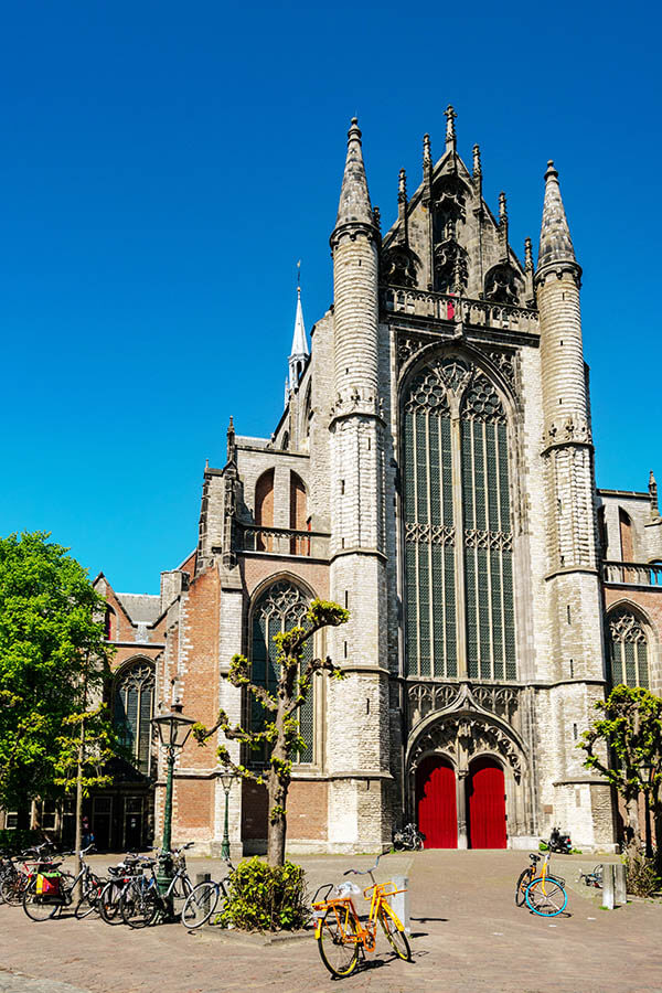 The Hooglandse Kerk is one of the symbols of Leiden. This Gothic church is still in use and open to the public part of the year! #leiden #holland #netherlands #nederland #kerk