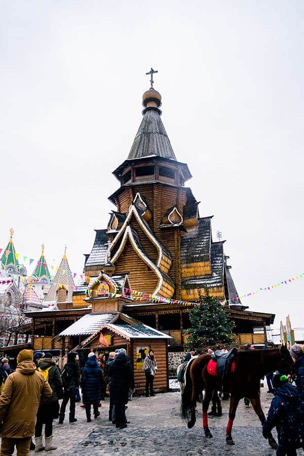 Beautiful wooden church within the Izmailovsky Kremlin, which is a fun market to visit in Moscow. #travel #moscow #russia