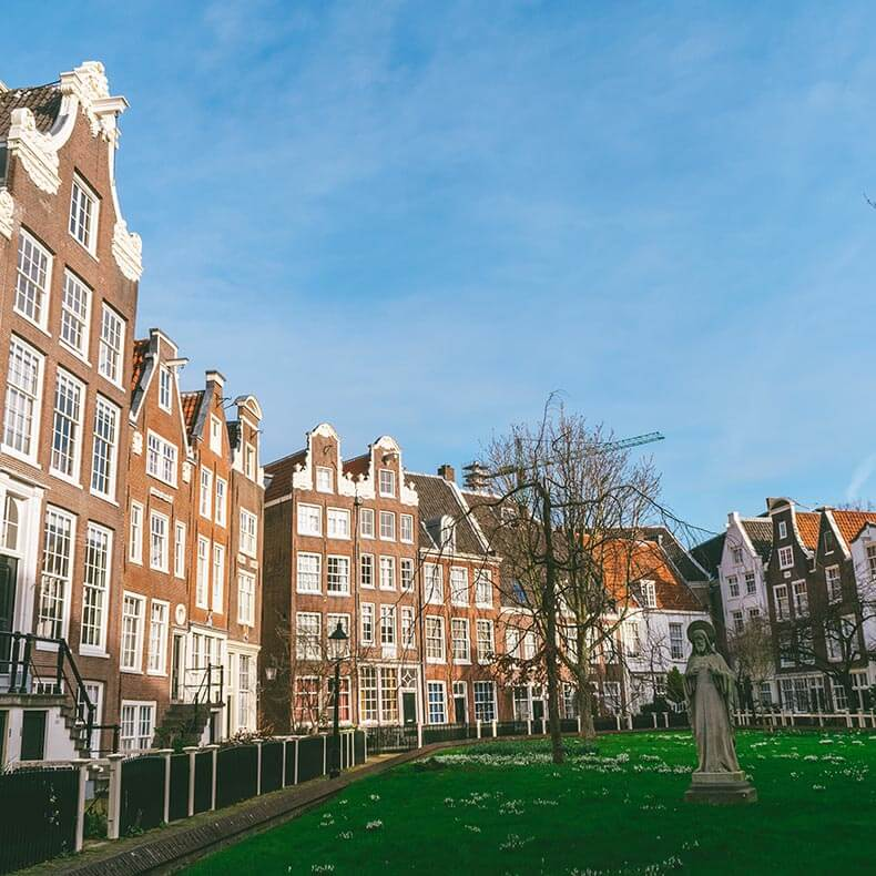 View of the courtyard within the Begijnhof in Amsterdam