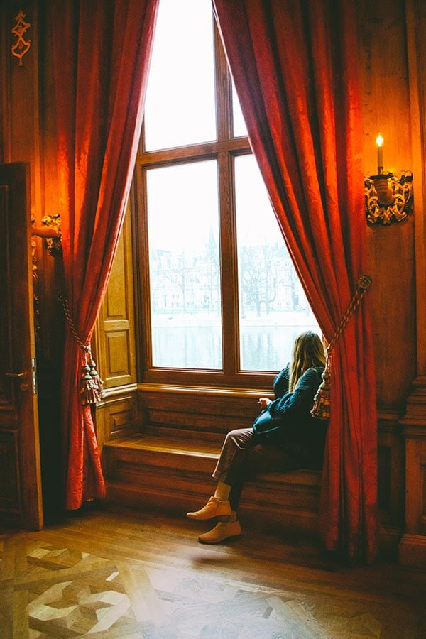 Girl enjoying views from the Mauritshuis museum in the Hague