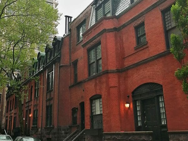 Private street in New York, one of the highlights of Alternative New York