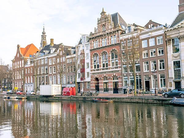 Amsterdam Center is one of the most convenient neighborhoods on where to stay in Amsterdam, even on a budget!